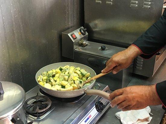 Narlis Farm: Artichoke and potato casserole