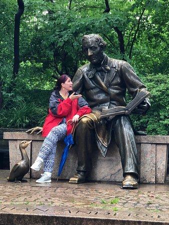 Richie's Central Park Pedicab Tours: Having a conversation w/Hans