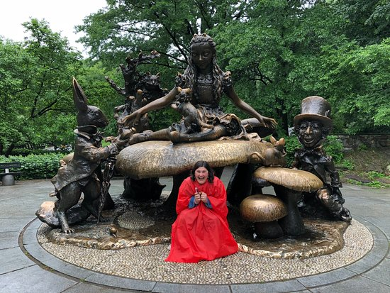 Richie's Central Park Pedicab Tours: Pure joy of seeing the Alice in Wonderland statue