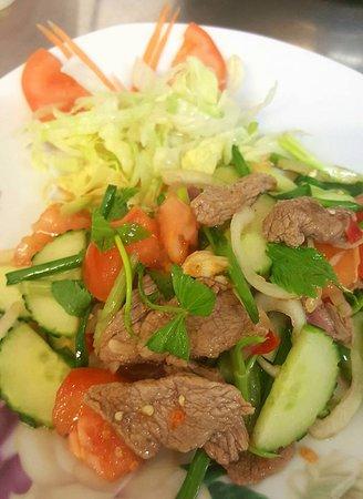 Weesen, Switzerland: Yam Ner (Salate)