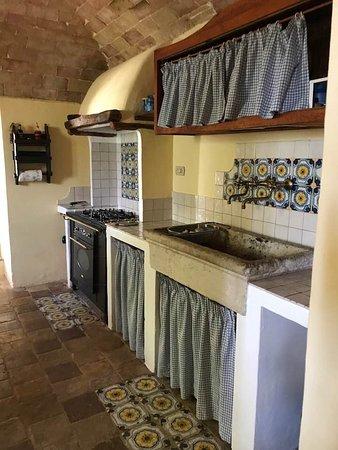 Ofena, Włochy: Kitchen