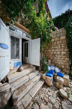 Villa Vis Croatia: Outdoor lounge