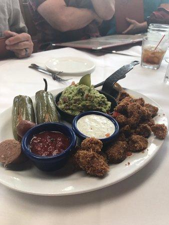 The Fort: Appetizer platter.