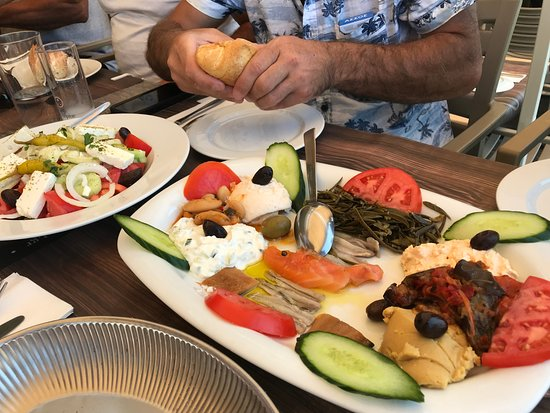 PARIS Restaurant: a great mix of peppers, dip, salmon