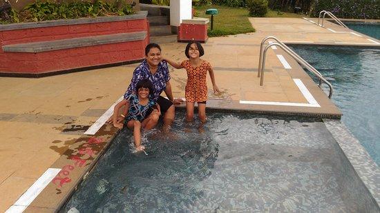 Heritage Resort Coorg: Resort Swimming Pool