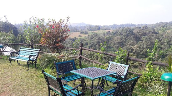 Heritage Resort Coorg: Open Air Dinning Place