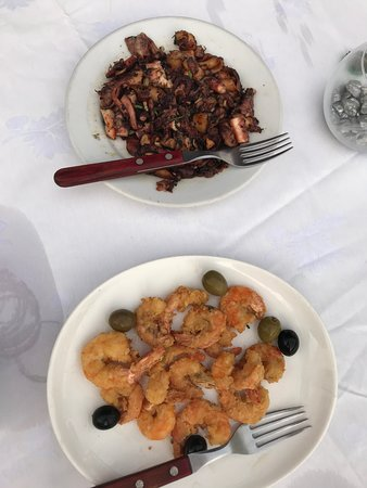 Ipanema: Deep fried Octopus and battered prawns - very tasty!
