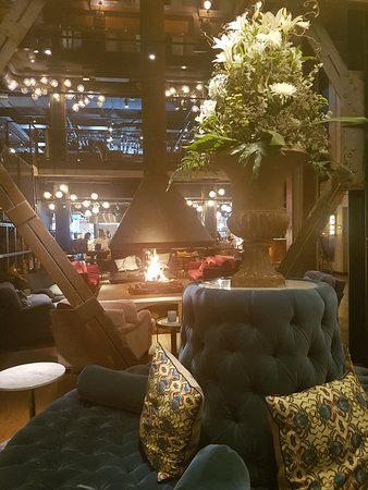 The Steam Hotel: Brasa i mitten av loungen