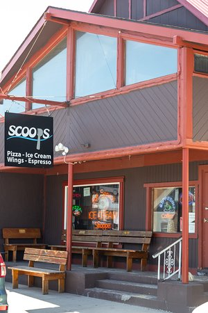 Scoops Pizza and Ice Cream Picture