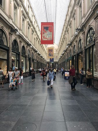 Les Galeries Royales Saint-Hubert.
