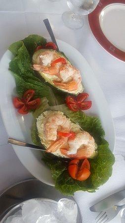 Yorgo Fish Restaurant ภาพถ่าย