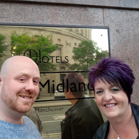 The Midland : Food in coopers bar, two king size beds and outside front of hotel😊