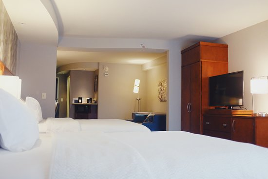 Courtyard by Marriott Owensboro: Executive Double Suite
