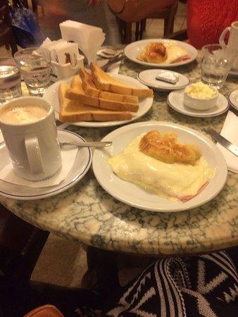 写真Cafe Tortoni枚