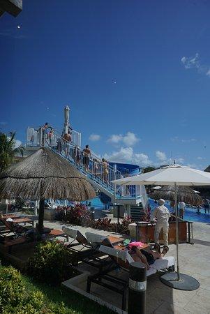 Moon Palace Cancun: Water slide at Nizuc