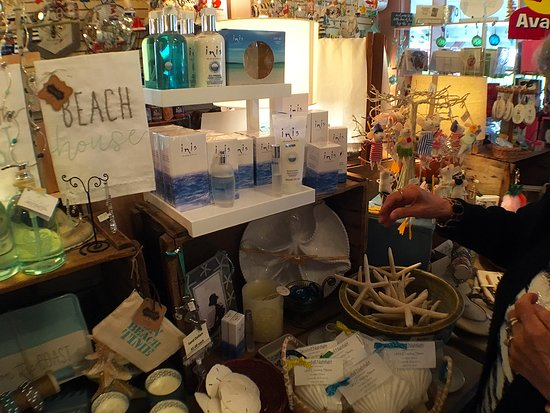 Centerville, MA: Fragrances and candles!