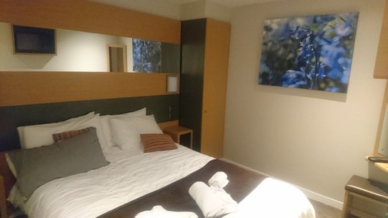 Center Parcs Longleat Forest: Main bedroom