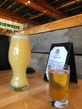 The Belching Beaver Brewery Tavern and Grill : A beer for me and a beer for him