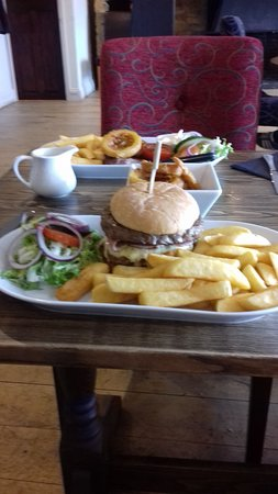 The Old Talbot Pub and Restaurant: Burger and Chips
