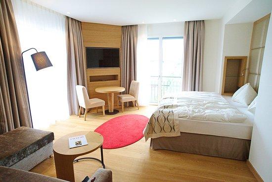 Bonaduz, Switzerland: Spacious Junior Suite