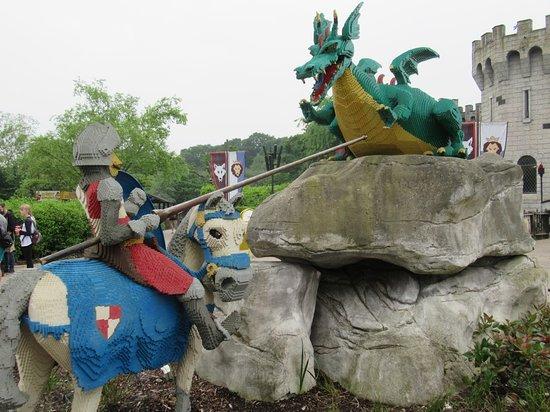 LEGOLAND Windsor Resort: Dragon Castle & Ride