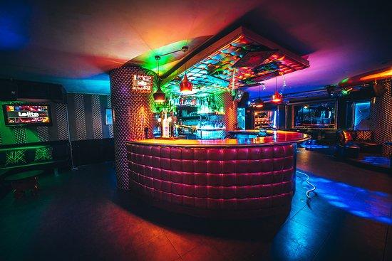 Lolita Lounge & Bar: Barra planta principal
