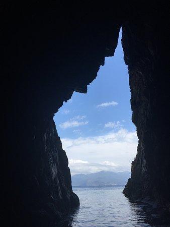 Alpana Excursions en Mer Day Tours: la corse dans les rochers