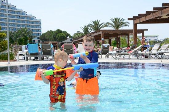 Venosa Beach Resort & Spa: KIds pool... he loved it