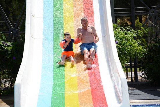 Venosa Beach Resort & Spa: Great slides with grandad!
