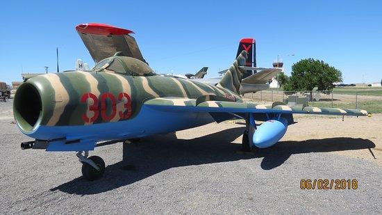 Pueblo Weisbrod Aircraft Museum: Mig 17