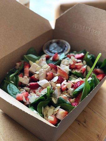 Taste & See Deli: Spinach Strawberry Chicken Salad