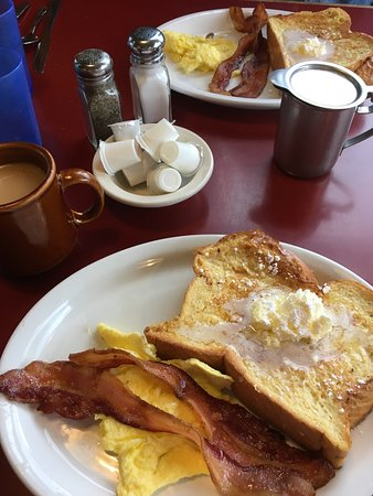 Granite Mountain Cafe : Single-french toast plate