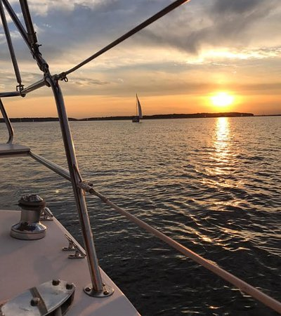 Kismet Cruising: Our Sunset Cruises are 4 hours of relaxing beauty with good company!