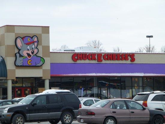 Chuck E. Cheese's