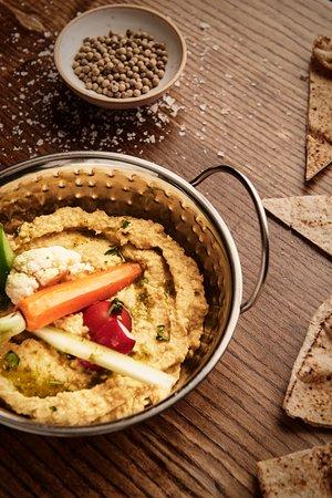 Dar: hummus, spring vegs, hazelnut pesto