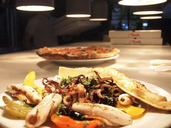 Marcello Pizzeria : Grilled calamari