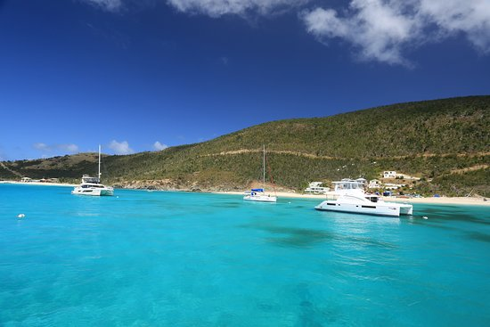 Beef Island, Tortola : A few boats in the beautiful blue water of the BVIs.