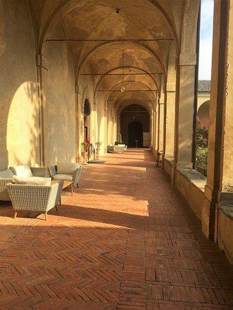 Certosa Di Pontignano: Kreuzgang