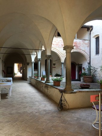 Certosa Di Pontignano: Innenanlage