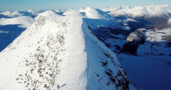 Eidsdal, Norway: Turområde. Indreeidshornet