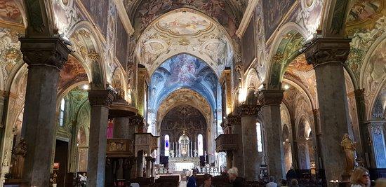 vista centrale interno Duomo di Monza