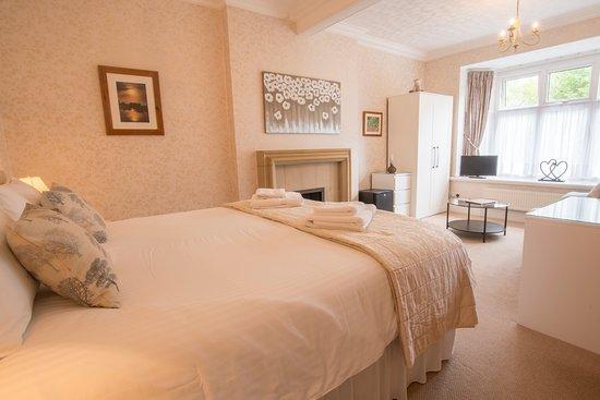 Forest Side Guesthouse: Premier Room