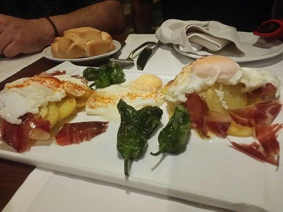 Restaurante El Ruedo: Se come muy bien con buena atención