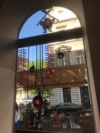 Buso Bistro: A view outside