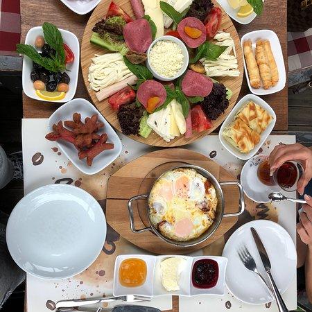 On Numara Cafe إسطنبول تعليقات حول المطاعم Tripadvisor