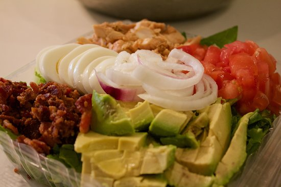 Larry Bruces Gardens: Grill Chicken Salad