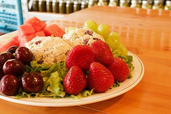 Larry Bruces Gardens: Chicken Salad Salad