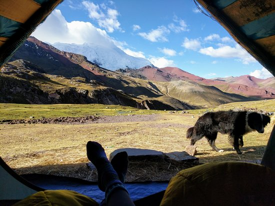Viaggio di 2 giorni alla Montagna Arcobaleno da Cusco: Tent we spent the night in