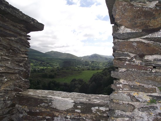 Dolwyddelan Castle: Views from the top