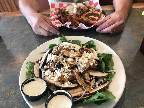 Milton, VT: Spinach salad with chicken; BBQ Pork sandwich w/fries